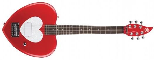 гитара в форме сердца