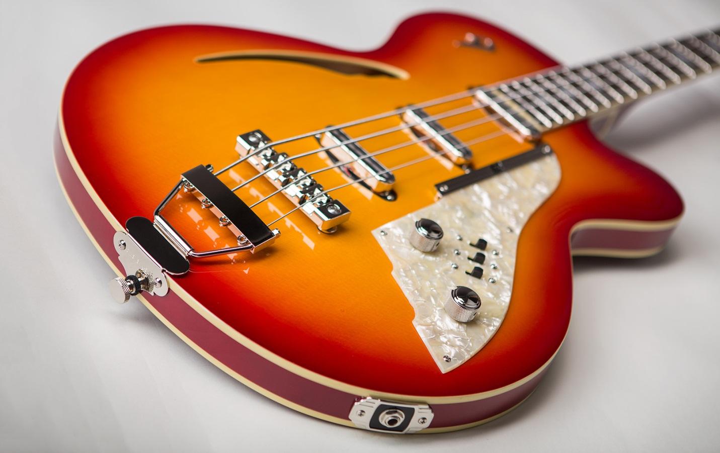 гитара усилитель duesenberg