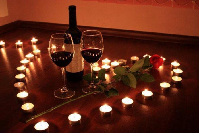 Как устроить романтический вечер в сауне